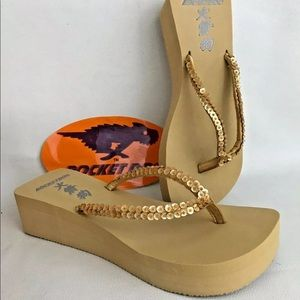 New Rocket Dog platform sandal gold Japan